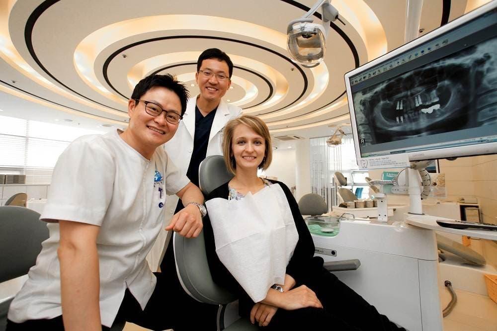 p lpl  - Зубные импланты