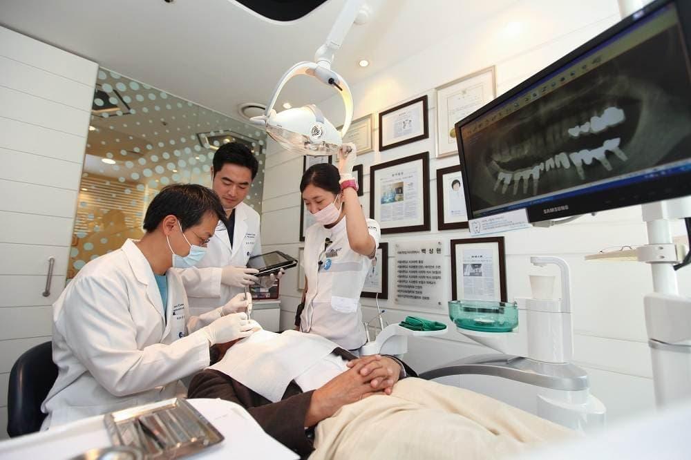 s  - Съемная челюсть, зубной протез