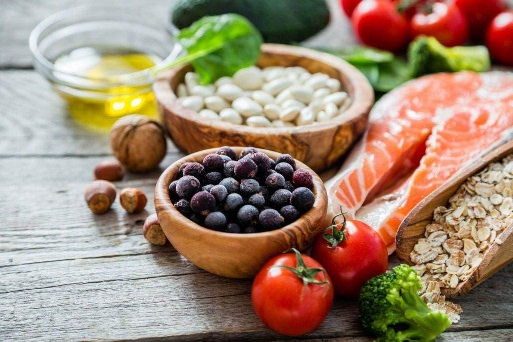 zdorovoe pitanie2 1024x683 - Здоровое питание для людей среднего и старшего возраста