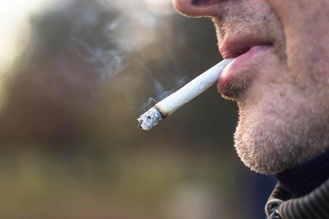 картинки с курильщиками сколько
