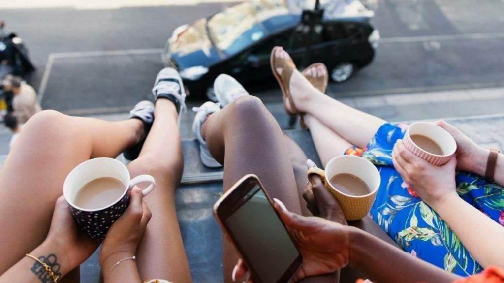 kofe ili chay 1024x575 - Кофе против чая: что полезнее?
