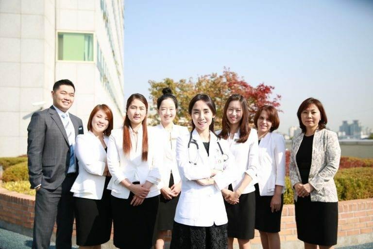 Видеоконсультации с врачами онкологического центра «СЭМ»