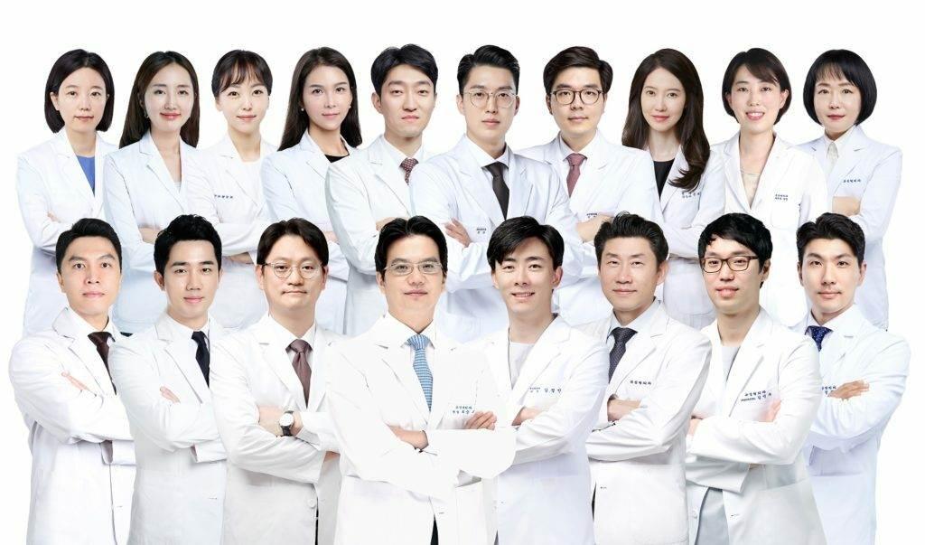 0110 1024x603 - Проводится набор пациентов для видео-консультаций по пластике и косметологии с ведущими пластическими хирургами Сеула