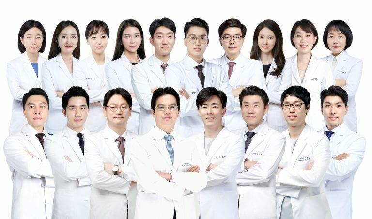 Проводится набор пациентов для видео-консультаций по пластике и косметологии с ведущими пластическими хирургами Сеула