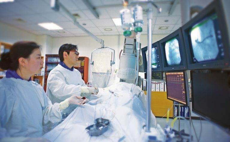 В больнице Сучонхян помогли пациенту избавиться от хронической икоты