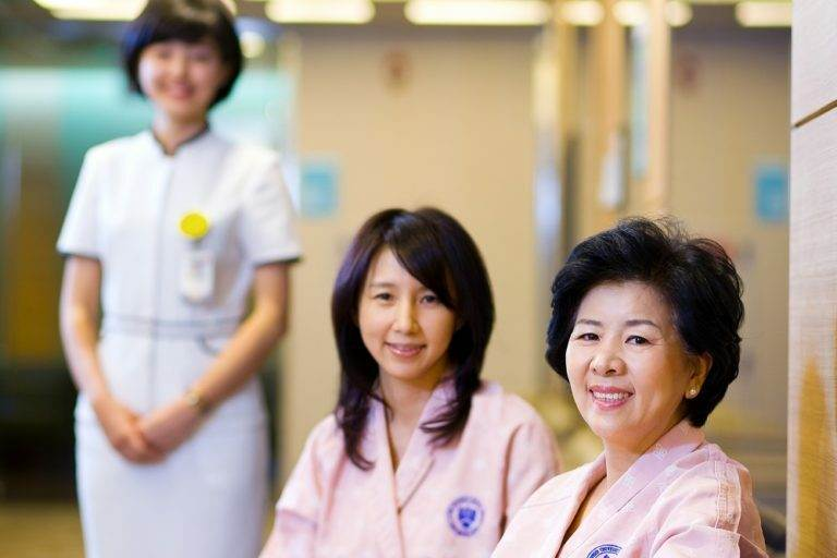 Преимущества блефаропластики в Корее