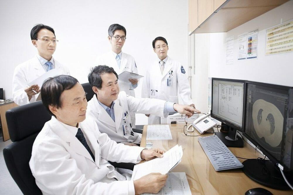 ISH Staff03 - Болезнь Крона. Запрос стоимости диагностики и лечения