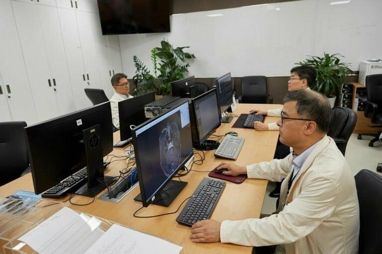 Видео-консультации с профессорами медицинского центра SAMSUNG