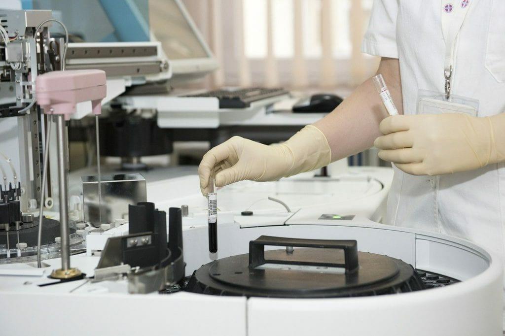 medic 563423 1280 1024x682 - Воспалительное заболевание кишечника и иммунитет