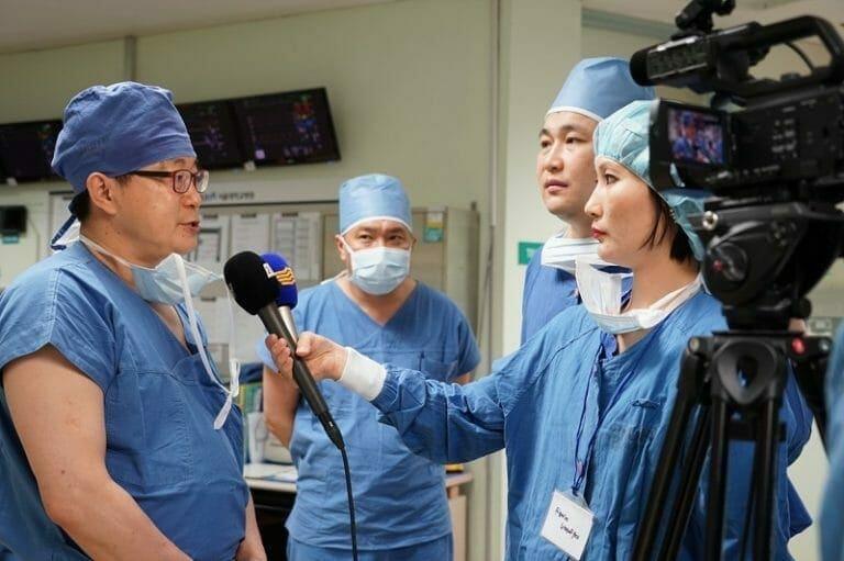 Больница SNUH признана ведущей в мире в области лечения глаукомы